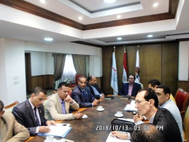 لقاء دكتور محمد عمر مع المعلمين
